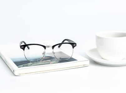 瑞士签证照片允许戴眼镜吗?